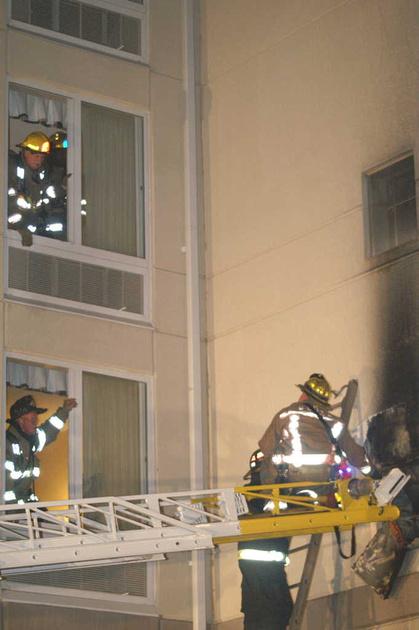 firepix1075 fire hilton garden inn owings mills md