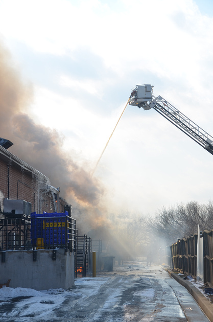Firepix1075 3 Alarm Building Fire In Rosedale Md